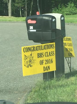 School Graduation Signs in Brookfield CT