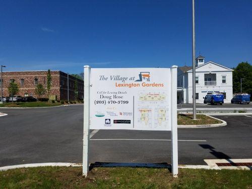 real estate signs in Danbury CT